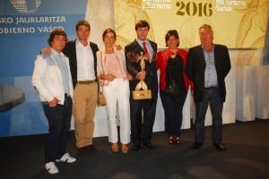 Con Asier Larrucea y Patricio G. Careaga